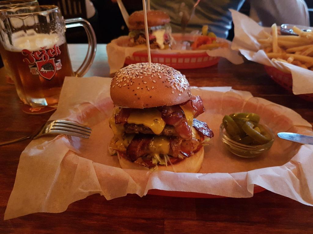 Burger in Prag